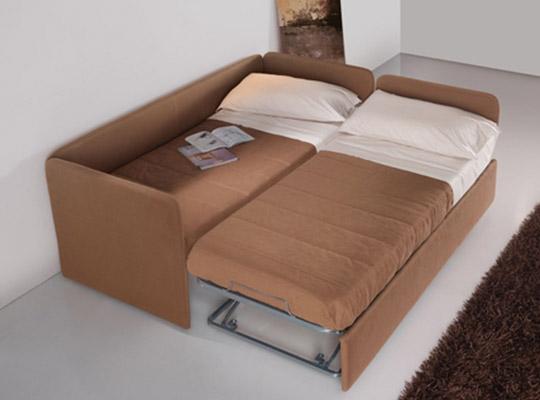 Divani letto modello facile linea emme seregno - Divano letto aperto ...